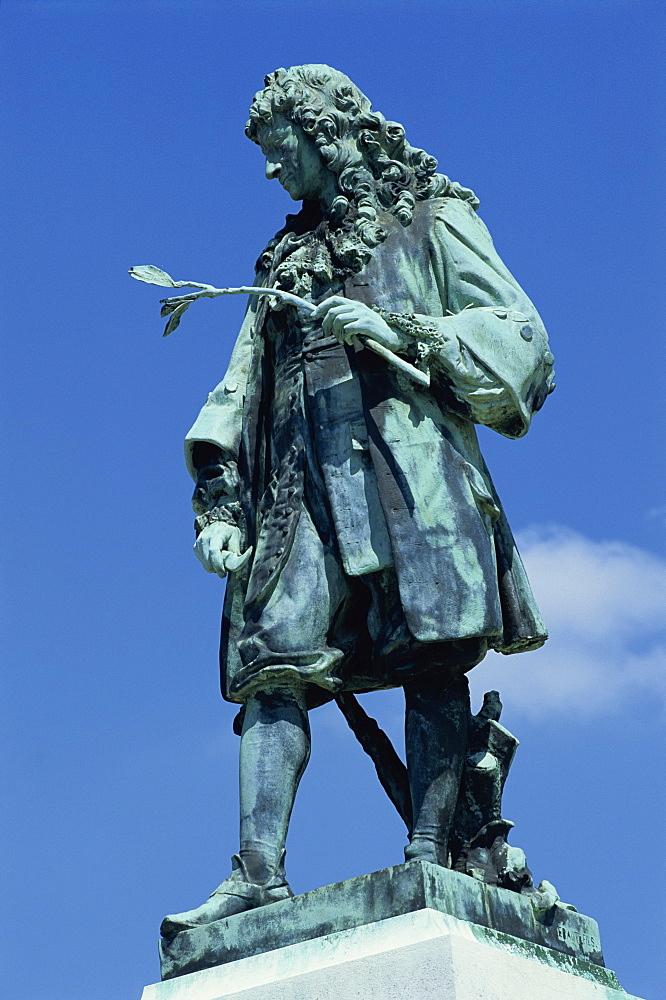 De la Quintinye statue, Potager du Roi, Chateau de Versailles, Ile de France, France, Europe