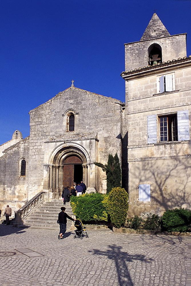 St. Vincent church, Les Baux-de-Provence, Provence, France, Europe