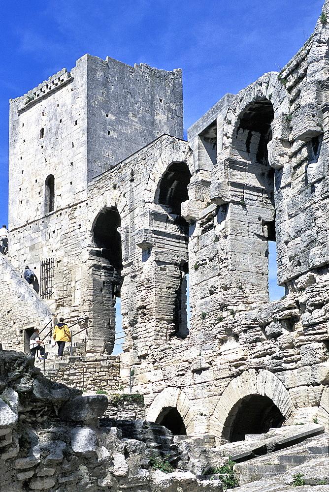 Roman amphitheatre, UNESCO World Heritage Site, Arles, Bouches-du-Rhone, Provence, France, Europe