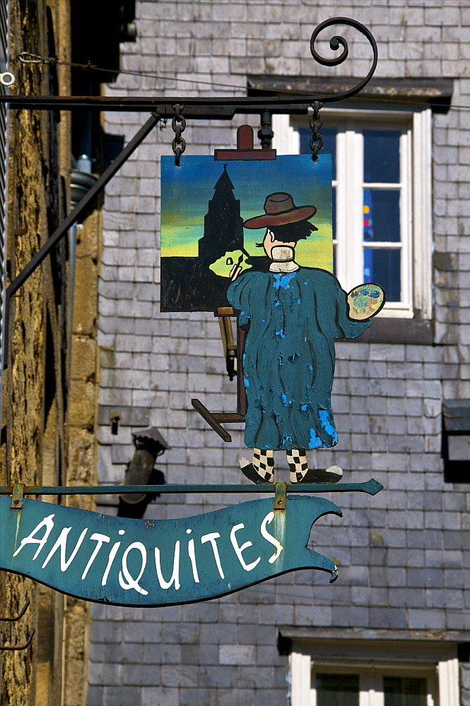 Shop sign for a painter's studio, Dinan, Brittany, France, Europe
