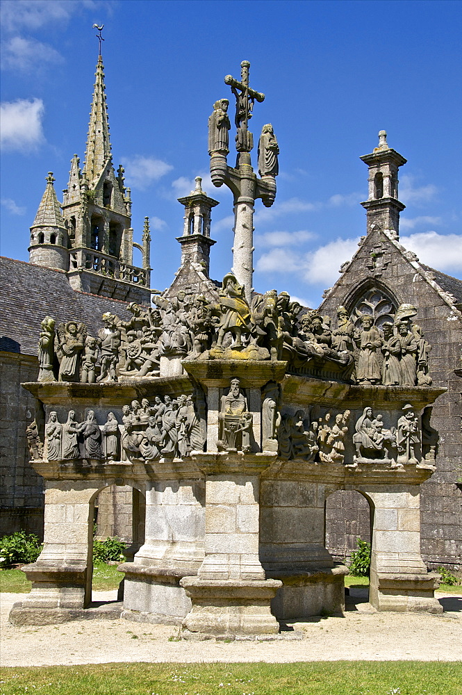 Calvary dating from between 1581 and 1588, Passion of Christ, Guimiliau parish enclosure, Finistere, Brittany, France, Europe