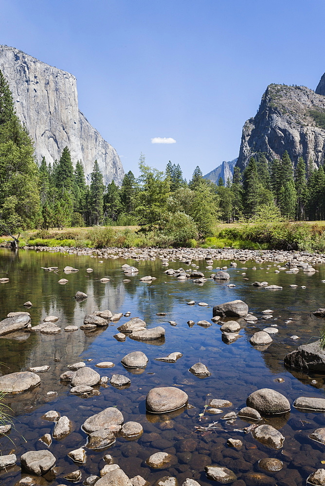 Valley View with El Capitan, Yosemite National Park, UNESCO World Heritage Site, California, United States of America, North America - 667-2550