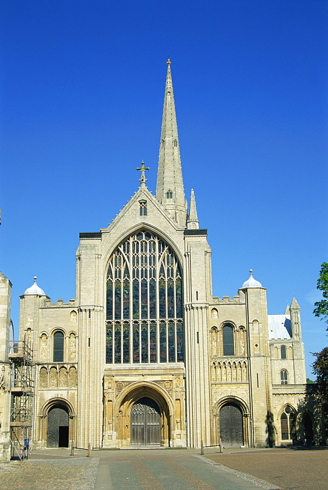 West front of the Cathedral, Norwich, Norfolk, England, United Kingdom, Europe