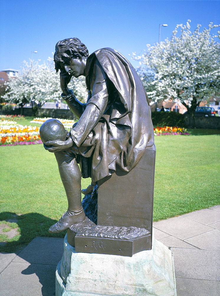 Statue of Hamlet, Shakespeare Memorial, Stratford upon Avon, Warwickshire, England, United Kingdom, Europe