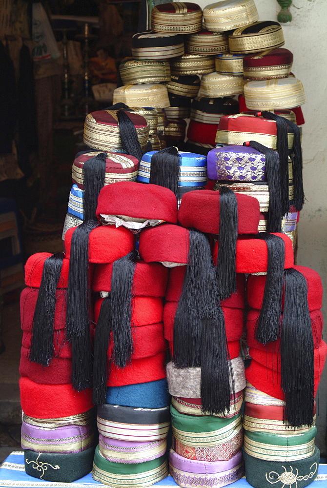 Hats, fezes, Souq, Tunis, Tunisia, North Africa, Africa