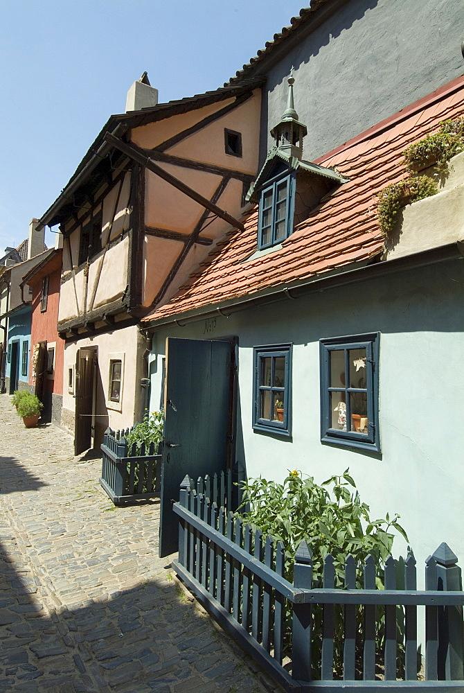 Golden Lane (Zlata Ulicka), inside the Castle precincts, Prague, Czech Republic, Europe