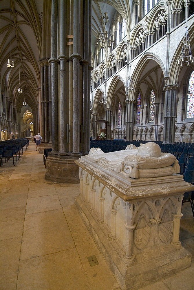 Cathedral interior and tomb, Lincoln, Lincolnshire, England, United Kingdom, Europe