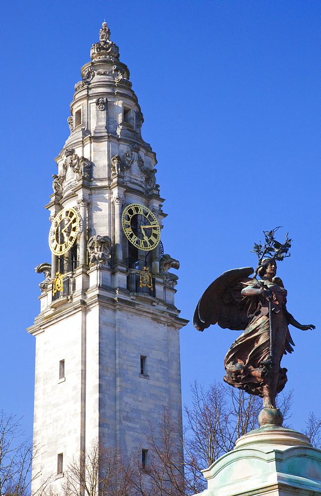 Statue of Boer War Memorial, City Hall, Cardiff, Wales, United Kingdom, Europe