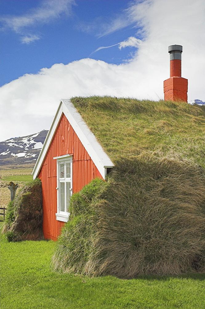 Lindarbakki turf house at Bakkagerdi, Borgarfjordur eystri North East area, Iceland, Polar Regions - 698-2116