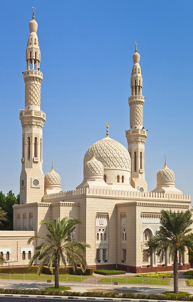 Jumeirah Mosque, Dubai City, Dubai, United Arab Emirates, Middle East