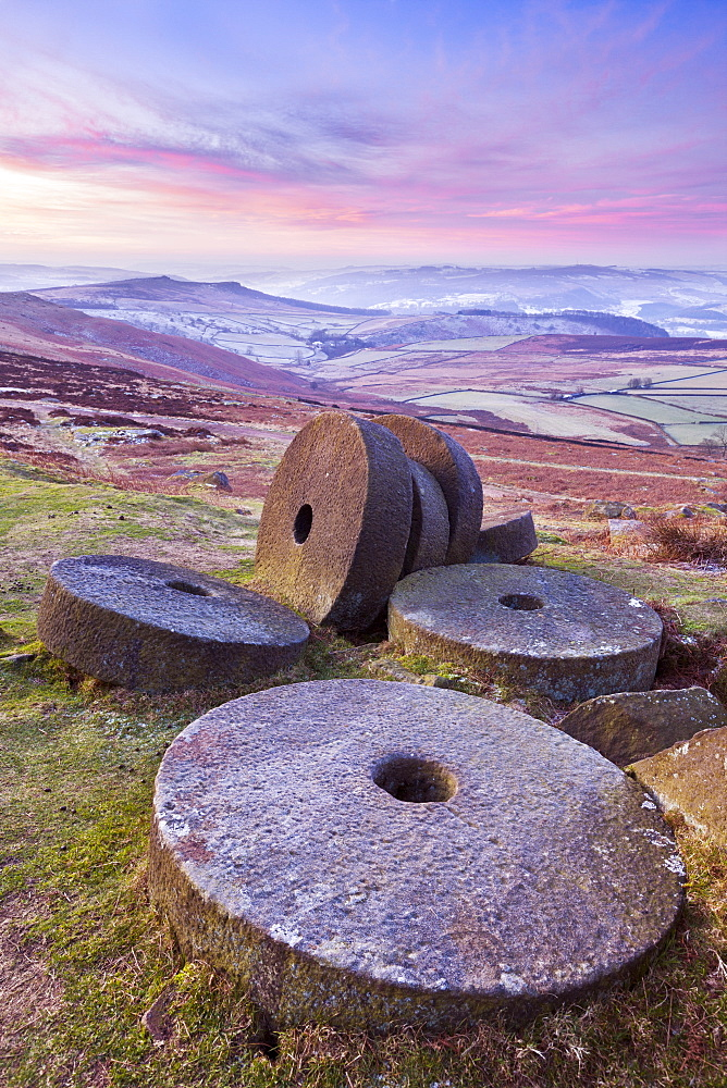 Stanage Edge wheelstones (millstones) and frosty winter moorland sunrise, Peak District National Park, Derbyshire, England, United Kingdom, Europe - 698-2904