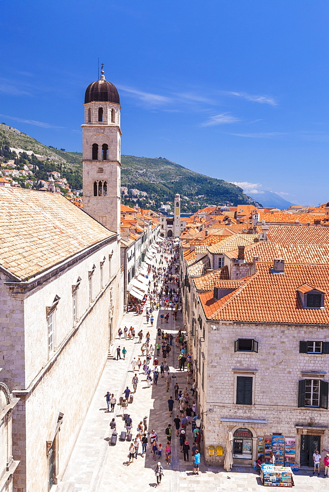 Rooftop view of Main Street Placa, Stradun, Dubrovnik Old Town, Dalmatian Coast, Dubrovnik, Croatia, EU, Europe