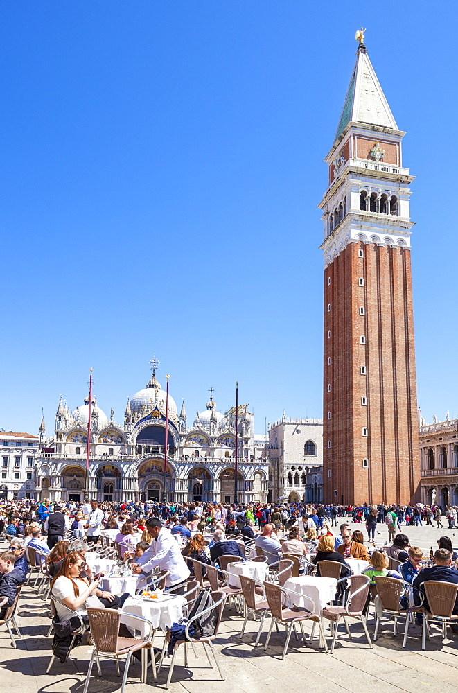 Campanile, Basilica di San Marco, Piazza San Marco, tourists and the cafes of St. Marks Square, Venice, UNESCO World Heritage Site, Veneto, Italy, Europe - 698-3230