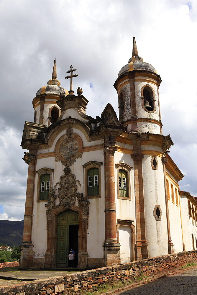 Sao Francisco church built by Aleijadinho and considered his masterpiece, Ouro Preto, UNESCO World Heritage Site, Minas Gerias, Brazil, South America - 700-13892