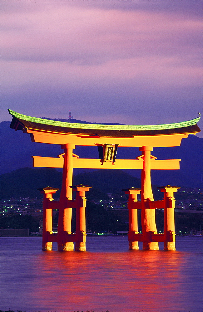 Torii Gate Shrine (Itsukushima-Jingu), Miya Jima Island, Japan