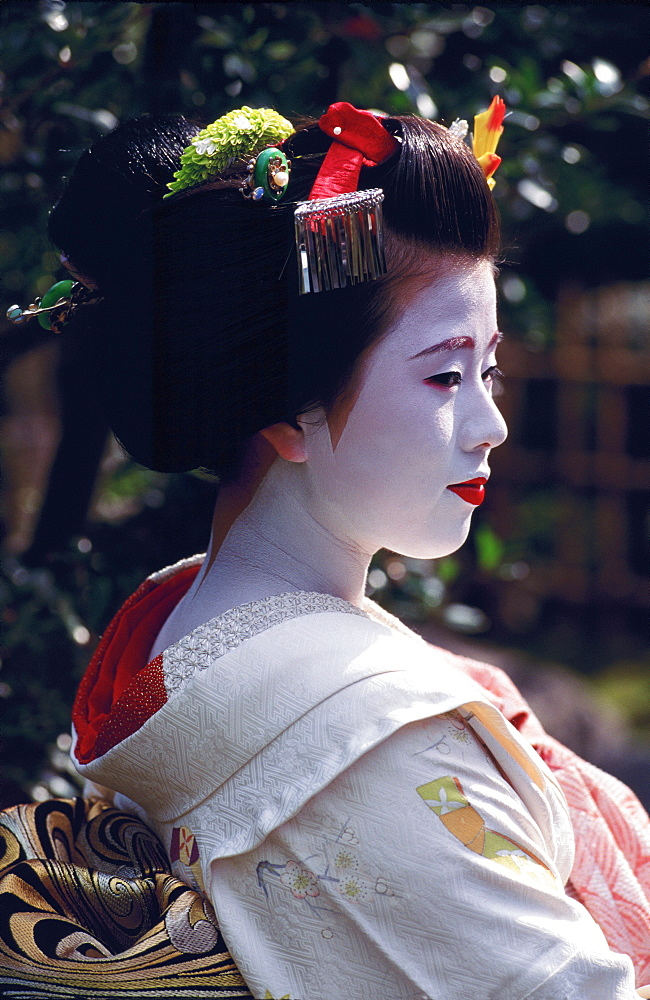 Portrait of a Maiko (a geisha's apprentice), Kyoto, Japan