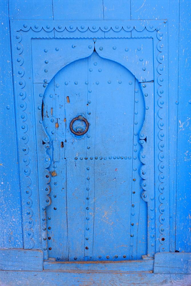 Blue door, Chefchaoue (Chaouen) (Chechaouen), Rif Region, Morocco, Africa - 712-1379