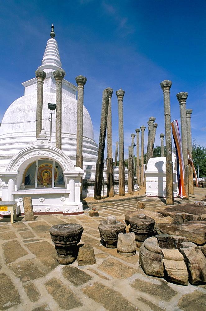 Thuparama Dagoba, Anuradhapura, UNESCO World Heritage Site, Sri Lanka, Asia