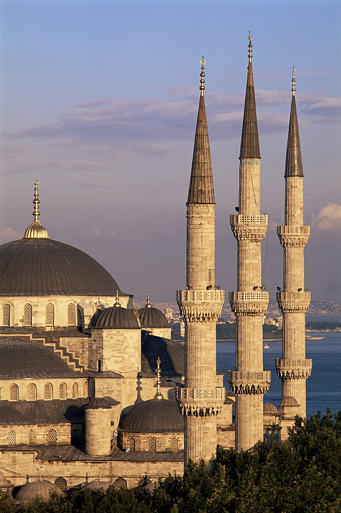 The Blue Mosque (Sultan Ahmet Mosque), UNESCO World Heritage Site, Istanbul, Marmara province, Turkey, Europe - 712-2195