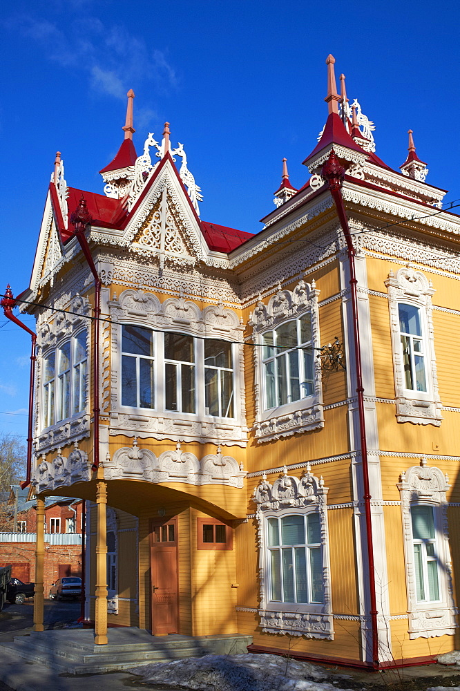 The Peacock House on Krasnoarmeiskaia Avenue, wooden architecture, Tomsk, Tomsk Federation, Siberia, Russia, Eurasia  - 712-2654