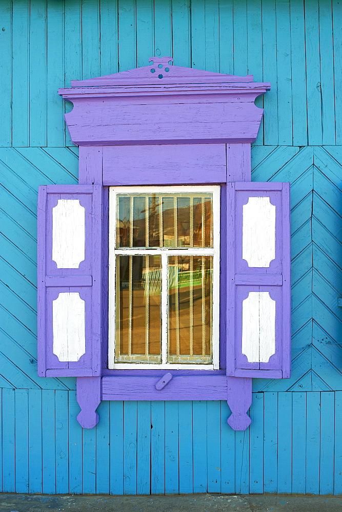 Window, Khoujir, Olkhon Island, Lake Baikal, UNESCO World Heritage Site, Irkutsk Oblast, Siberia, Russia, Eurasia  - 712-2662
