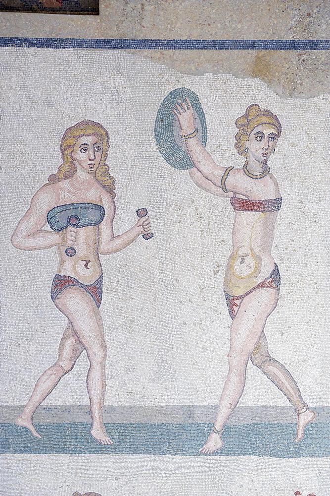 Mosaic of girls in bikinis, Villa Romana del Casale, Piazza Armerina, UNESCO World Heritage Site, Sicily, Italy, Europe  - 712-2699