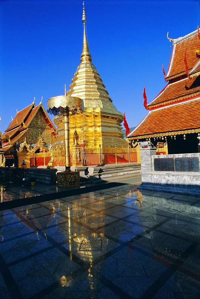 Wat Phra That Doi Suthep (Doi Suthep), Chiang Mai, Chiang Mai Province, Thailand, Asia