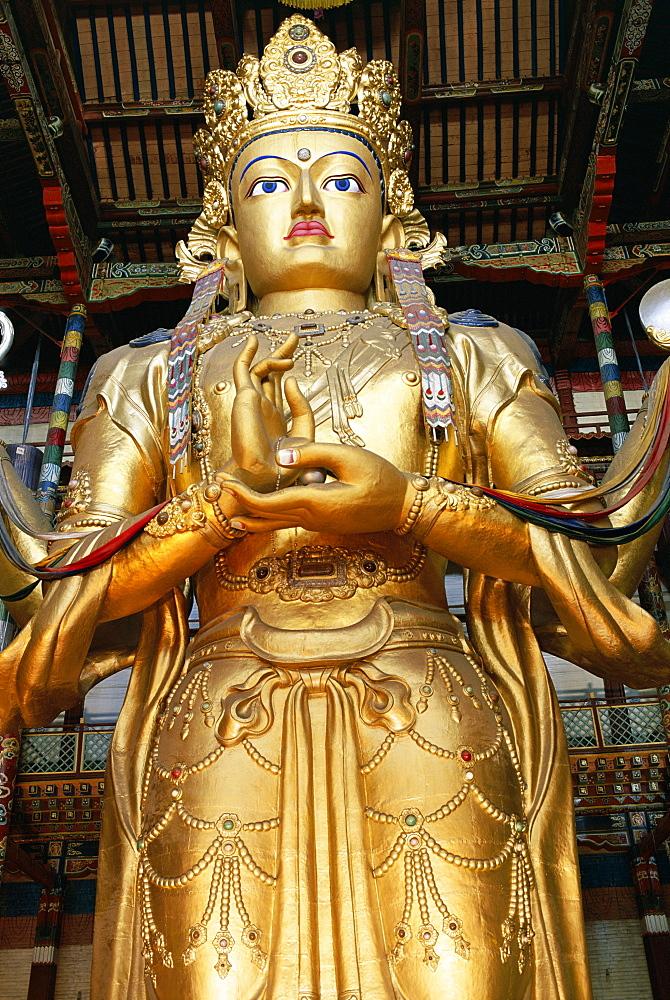 Statue of Avalokitesvara, 20m tall, in Buddhist monastery, Gandan Monastery, Ulan Bator (Ulaanbaatar), Tov, Mongolia, Central Asia, Asia