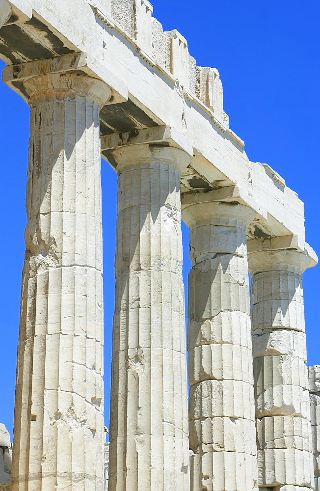 Close up of columns of Parthenon, Acropolis, UNESCO World Heritage Site, Athens, Greece, Europe