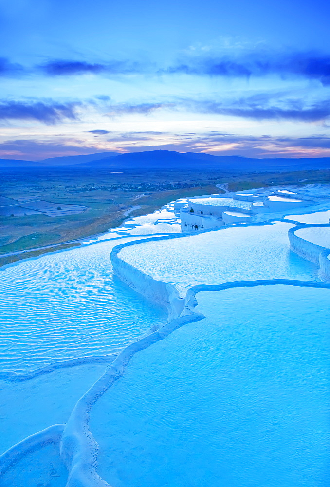 Terraced travertine thermal pools, Pamukkale, UNESCO World Heritage Site, Anatolia, Turkey, Asia Minor, Eurasia - 718-1471
