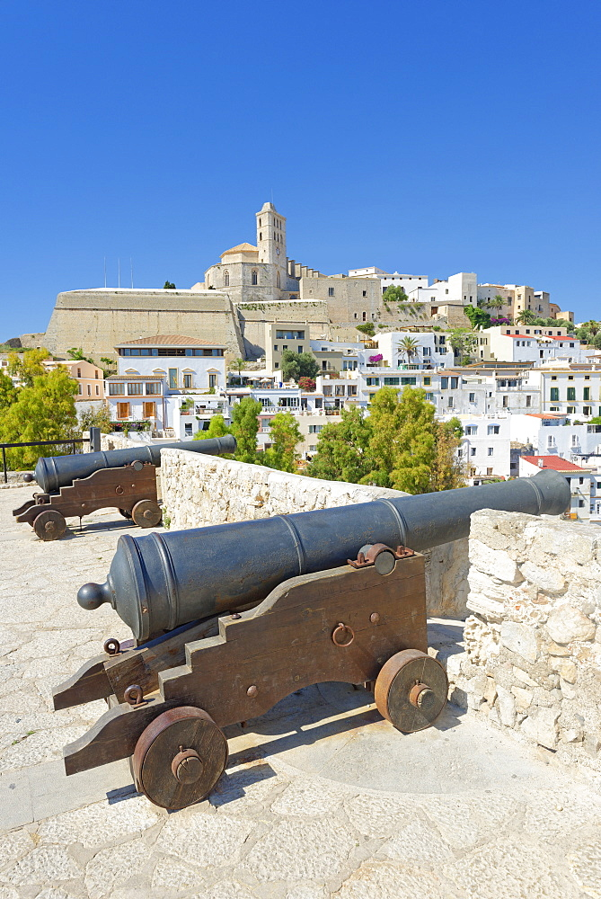 Ibiza Old Town (Dalt Vila) UNESCO World Heritage Site, Ibiza, Balearic Islands, Spain, Europe