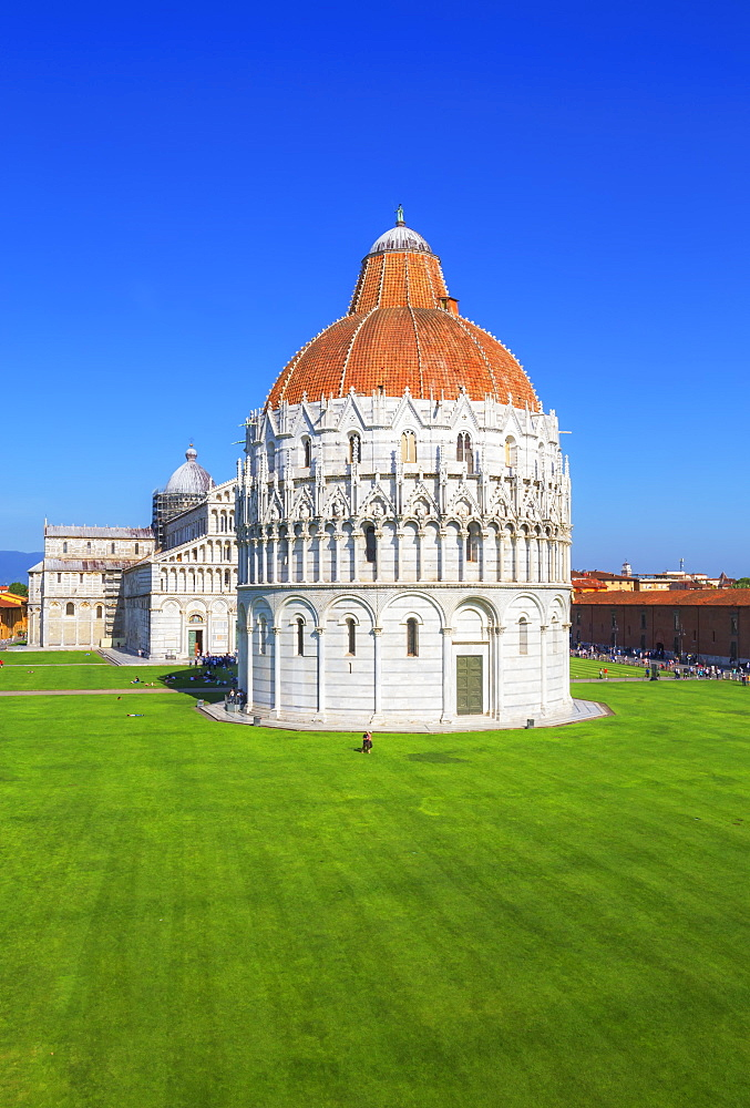 Baptistery and Cathedral view, Campo dei Miracoli, UNESCO World Heritage Site, Pisa, Tuscany, Italy, Europe - 718-2295