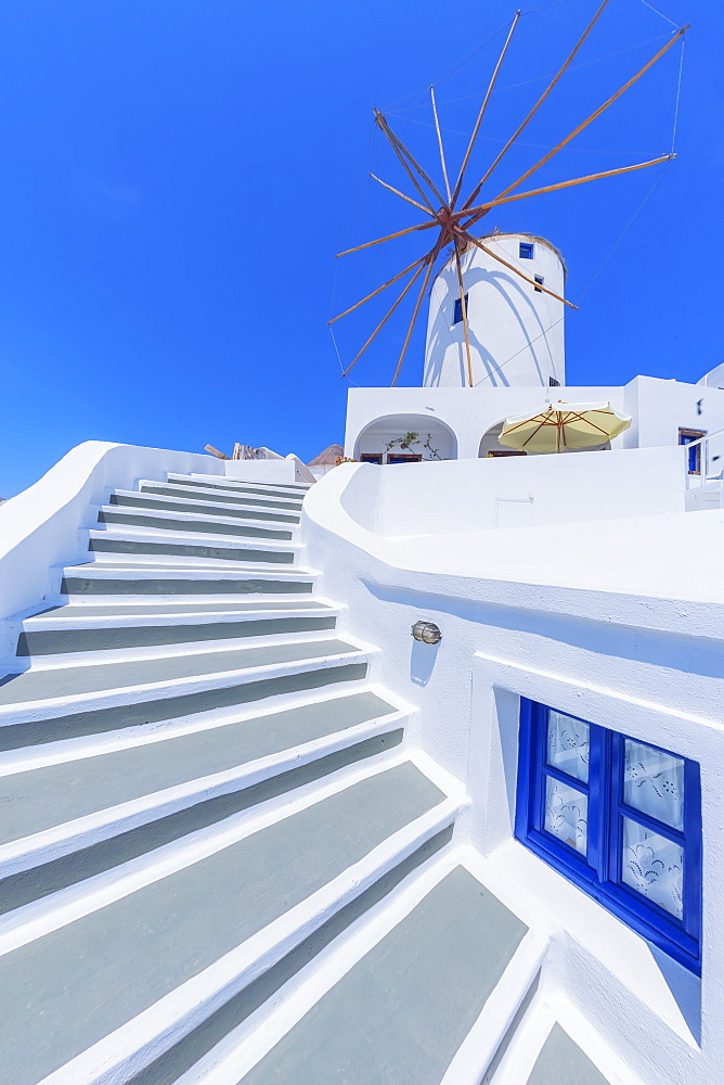 Traditional windmill, Oia, Santorini, Cyclades Islands, Greek Islands, Greece, Europe