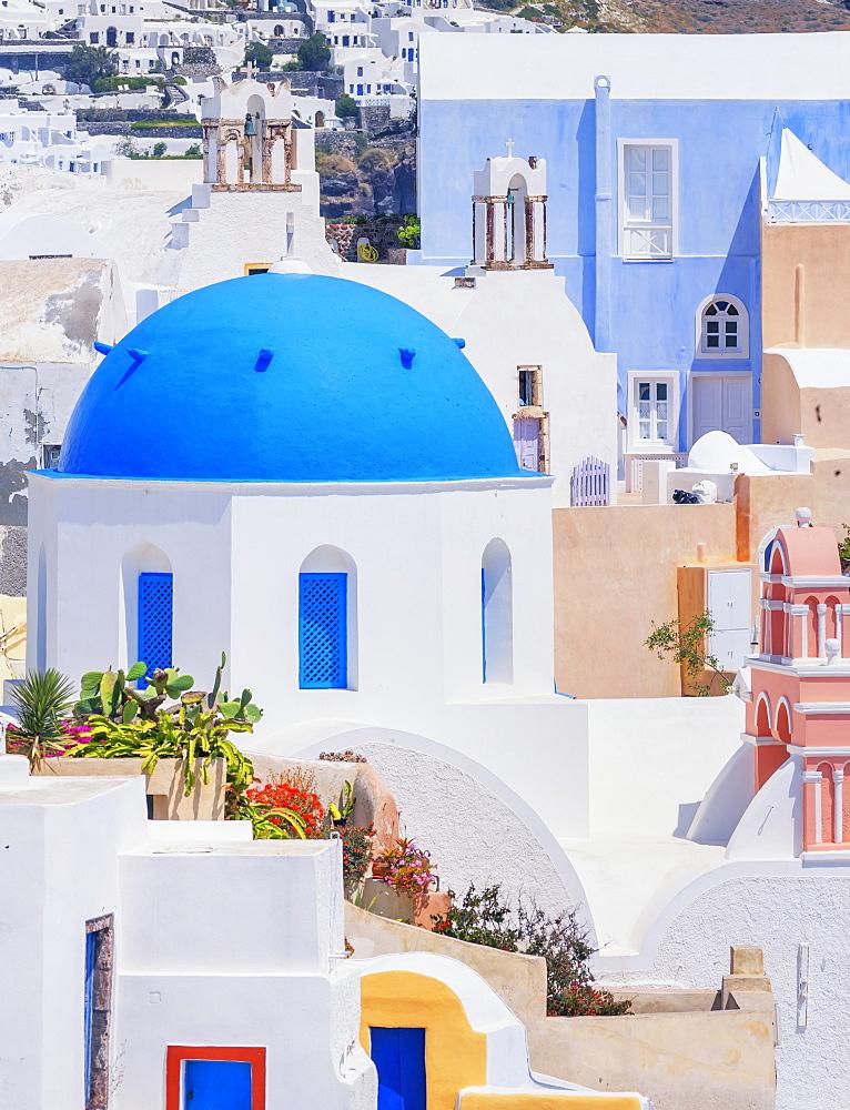 Oia village view, Oia, Santorini, Cyclades Islands, Greek Islands, Greece, Europe