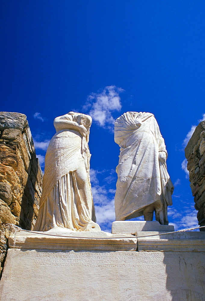 Ancient statues of Cleopatra and Diocrides, archaeological site of Delos, UNESCO World Heritage Site, Cyclades islands, Greece, Mediterranean, Europe