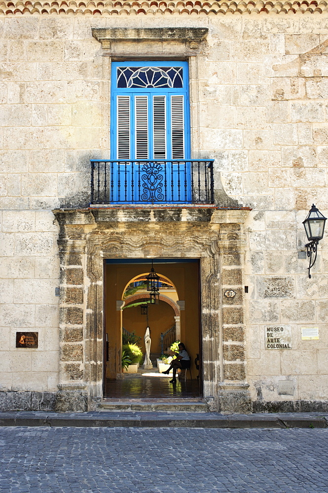 Entrance of the Casa del Conde de Casa Bayona (House of the Count of the House of Bayona) dated 1720, now the Museum of Colonial Art, Plaza de la Catedral, Old Havana (Habana Vieja), Havana, Cuba, West Indies, Central America - 722-161