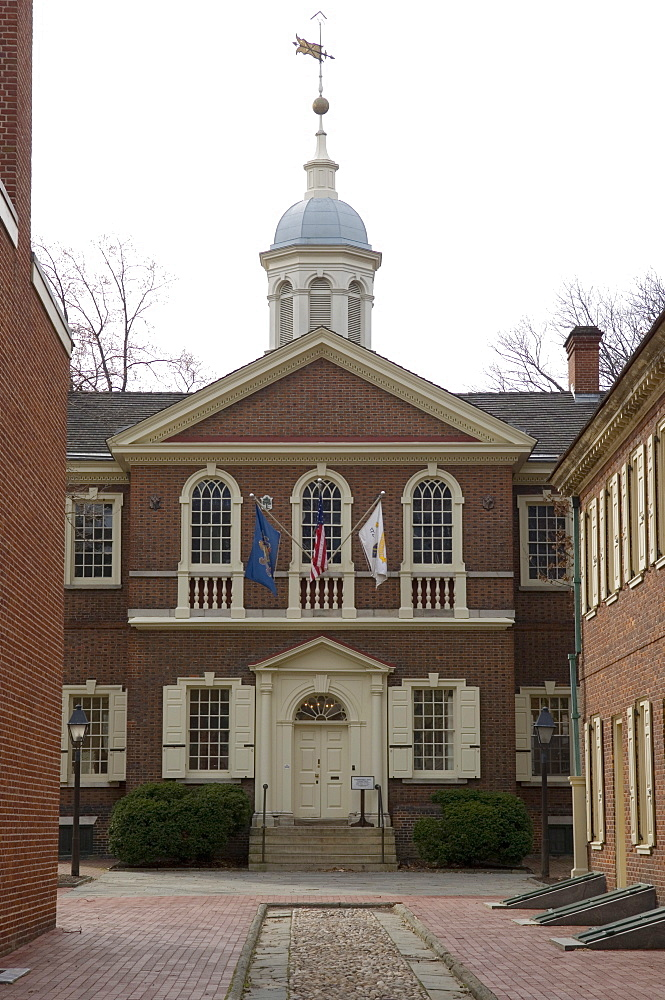 Carpenters' Hall, newly built in 1774 when it hosted the First Continental Congress which met to oppose British rule, Philadelphia, Pennsylvania, United States of America, North America