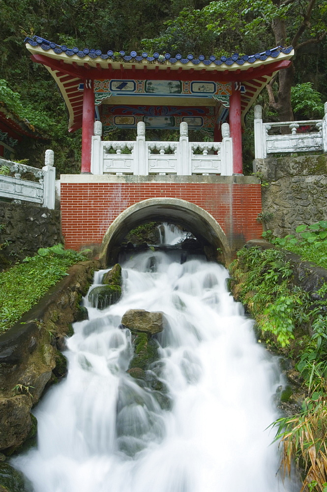 Waterfall, Changshun Tzu Water Temple, Taroko Gorge National Park, Hualien County, Taiwan, Asia