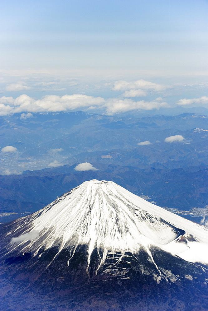 Aerial view of Mount Fuji, Shizuoka Prefecture, Japan, Asia - 733-4097