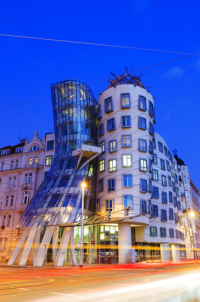 Fred and Ginger Dance School, Dancing House, designed by Frank O Geary, Prague, Czech Republic, Europe