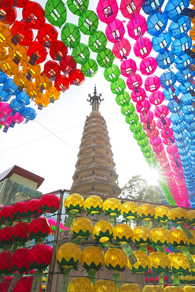 Lantern decorations for Festival of Lights, Jogyesa Buddhist Temple, Seoul, South Korea, Asia