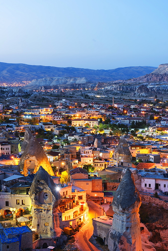 Landscape at Goreme, UNESCO World Heritage Site, Goreme, Cappadocia, Anatolia, Turkey, Asia Minor, Eurasia - 733-6971