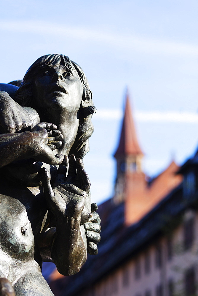 Europe, Germany, Bavaria, Franconia, Nuremberg (Nurnberg), bronze statue - 733-7731