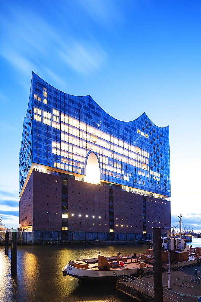 Elphi Concert Hall (Elbphilharmonie), designed by Herzog and de Meuron Architects, Hamburg, Germany, Europe