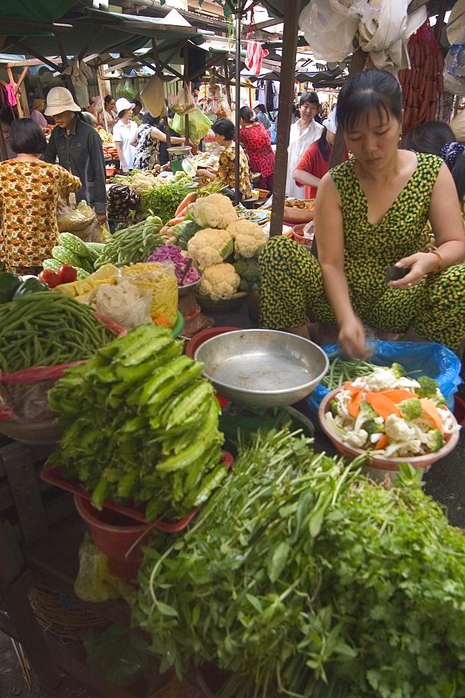 Binh Tay market, Ho Chi Minh City (Saigon), Vietnam, Southeast Asia, Asia