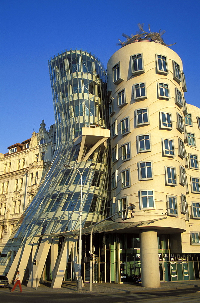 Exterior of the Dancing house at Rasinovo Embankment, Nove Mesto, Prague, Czech Republic, Europe