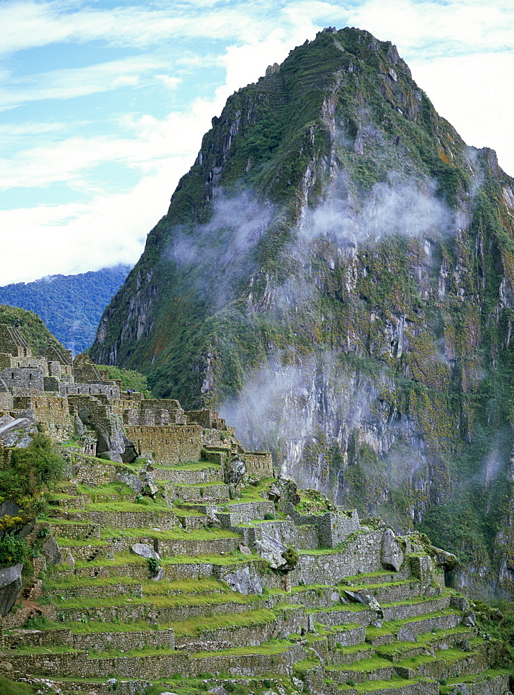Inca archaeological site of Machu Picchu, UNESCO World Heritage Site, Peru, South America - 739-119