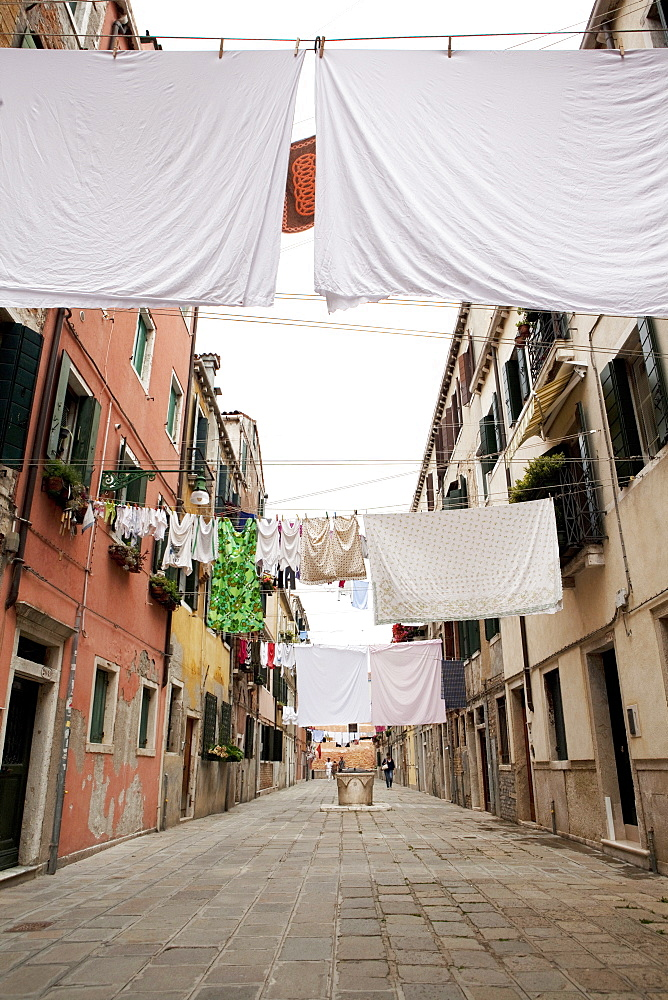 Washing line geometry in the streets of Castello, Venice, Veneto, Italy, Europe