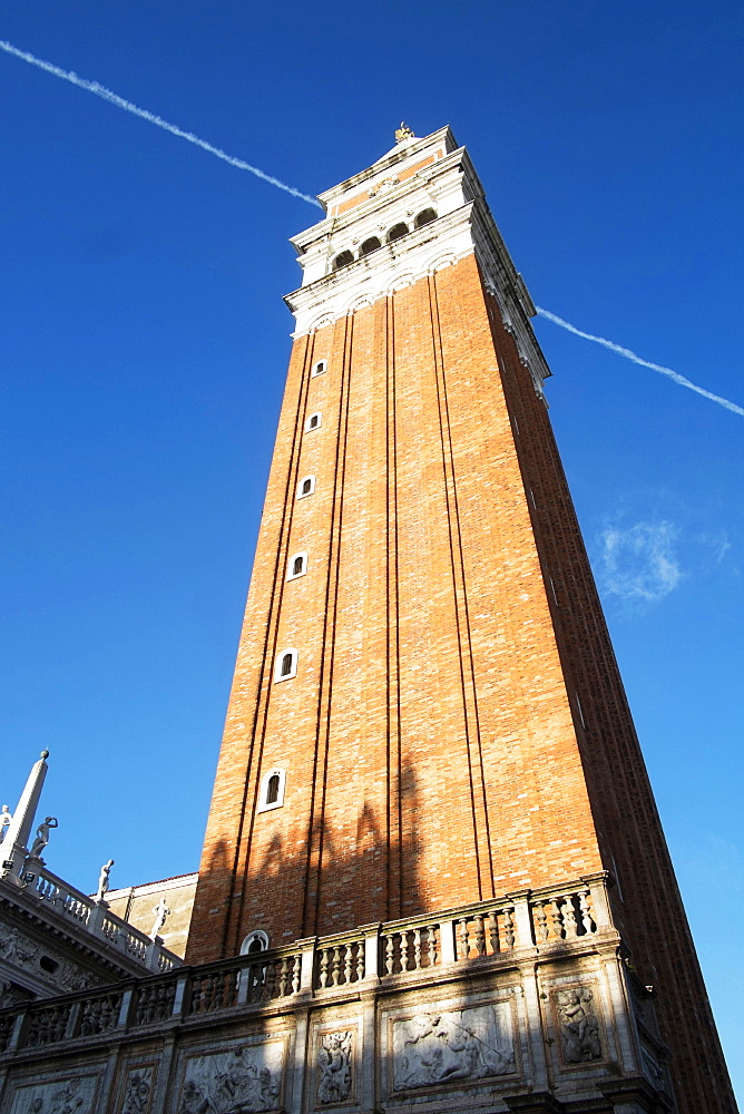 San Marco Bell tower (Campanile), Venice, UNESCO World Heritage Site, Veneto, Italy, Europe - 739-1387