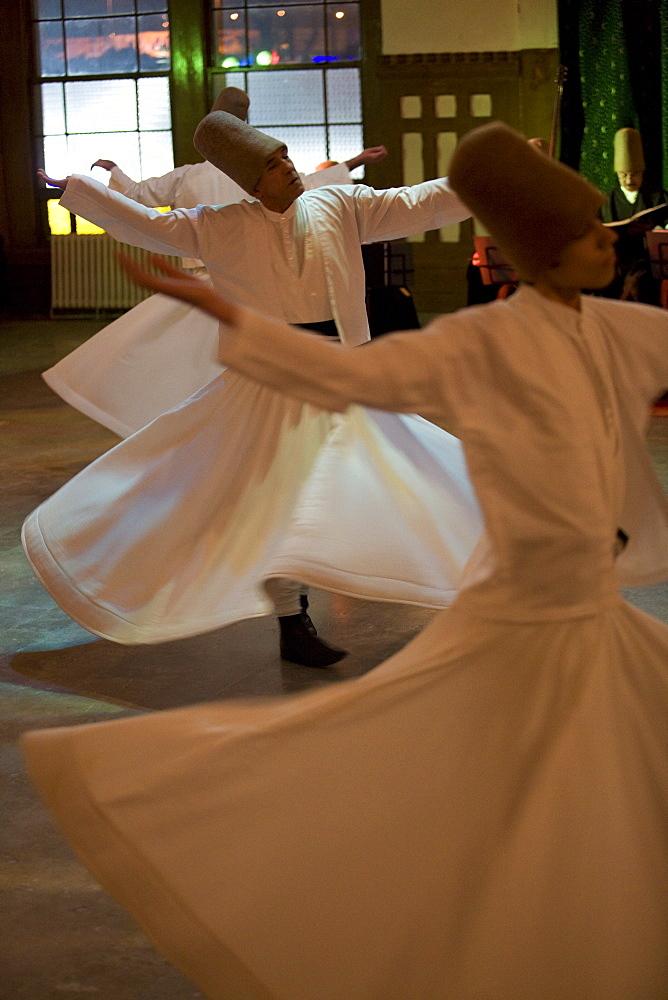 Dervish mystic dance at the Sirkeci station, Istanbul, Turkey, Eurasia